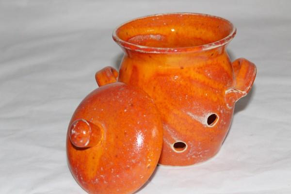 oranger Knoblauchtopf Zwiebeltopf Keramik aus der Töpferei