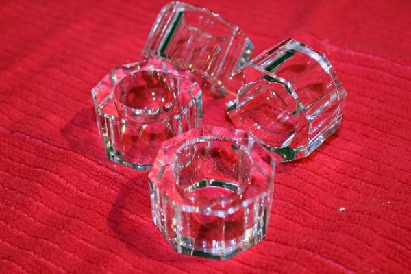 Serviettenringe 4 Stück glasklar 8 eckig