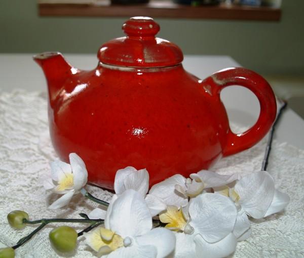 Teekanne aus Keramik rote Kanne Serie Mohn