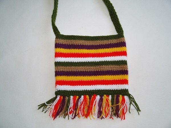 kunterbunte Tasche für kleine Mädchen Handarbeit gehäkelt