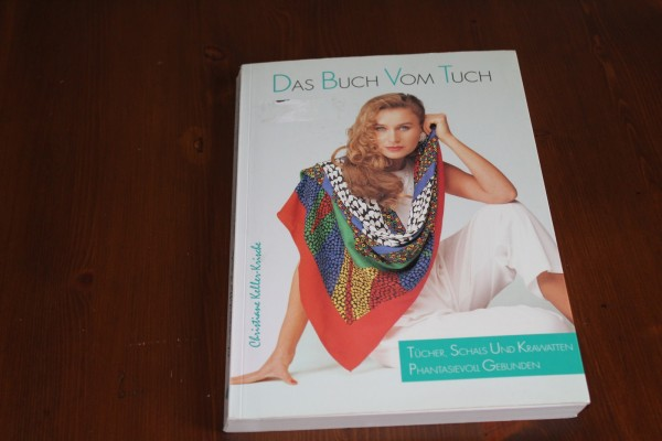 Das Buch zum Tuch phantasievoll gebunden Anleitung