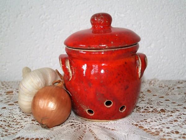 Knoblauchtopf Zwiebeltopf klein rote Keramik