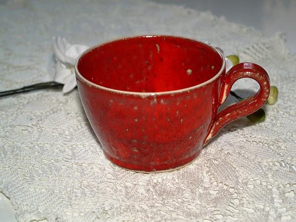 rote Tasse getöpferte Kaffeetasse Teetasse