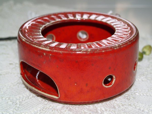 Stövchen flach aus roter Keramik Töpferware