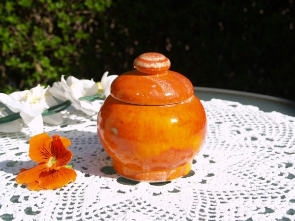 Zuckerdose groß Keramik getöpfert orange Geschirr Handarbeit