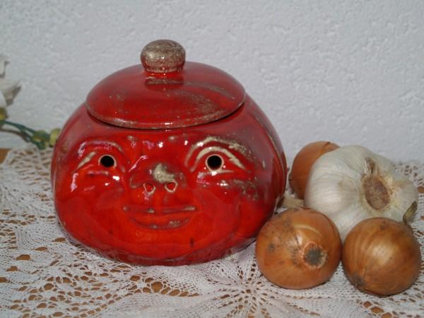 Knoblauchtopf Zwiebeltopf Gesicht Keramik rot
