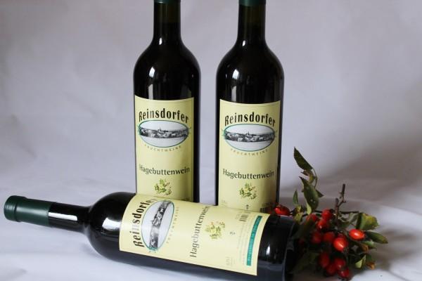 Hagebuttenwein Wein aus der Hagebutte hausgemacht