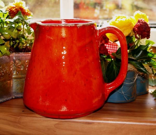 roter Krug Keramik Milchkrug Saftkrug getöpfert