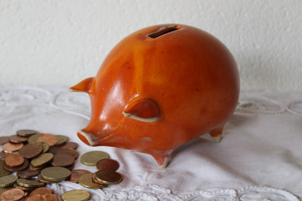 Sparschwein orange Keramik Töpferei Handarbeit