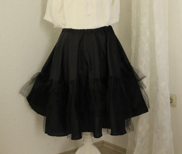 schwarzer Petticoat Gr. 34 - 38 Handarbeit