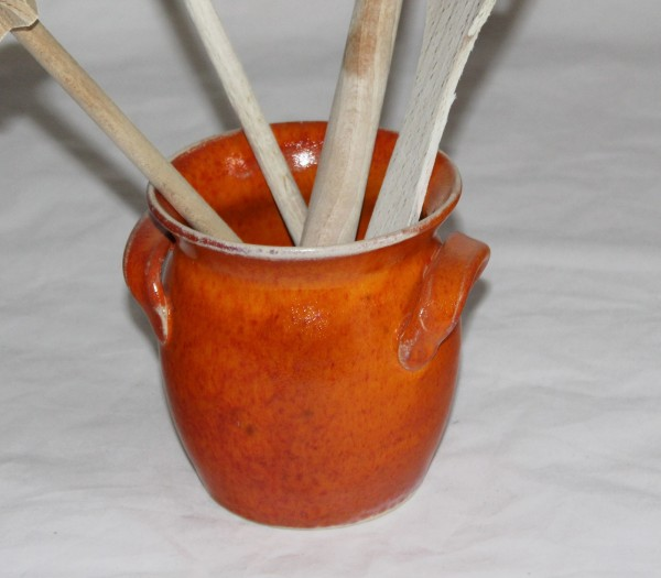 getöpferter Topf für Kochlöffel orange Keramik aus der Töpferei