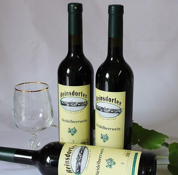 Heidelbeerwein Wein aus Heidelbeeren hausgemacht halbtrocken
