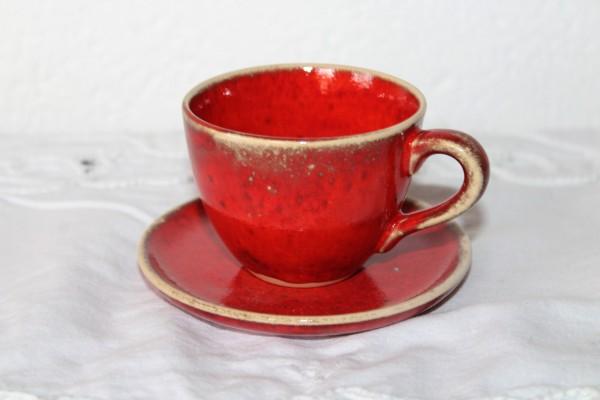 Espresso Tasse mit Teller rot getöpfert