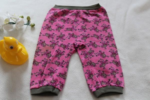 rosa Babyhose Gr. 86 genäht Handarbeit Motiv Affen
