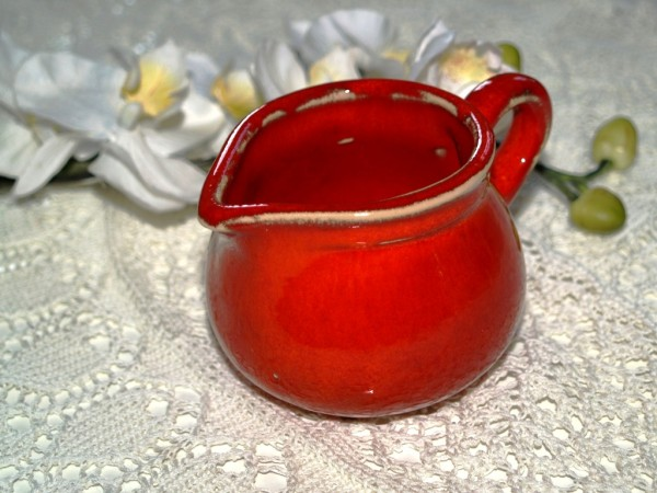 Sahnekännchen kleines rotes Kännchen Keramik rot